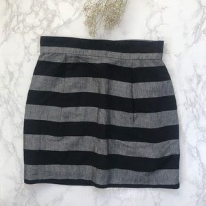 French Connection black & gray striped skirt 10